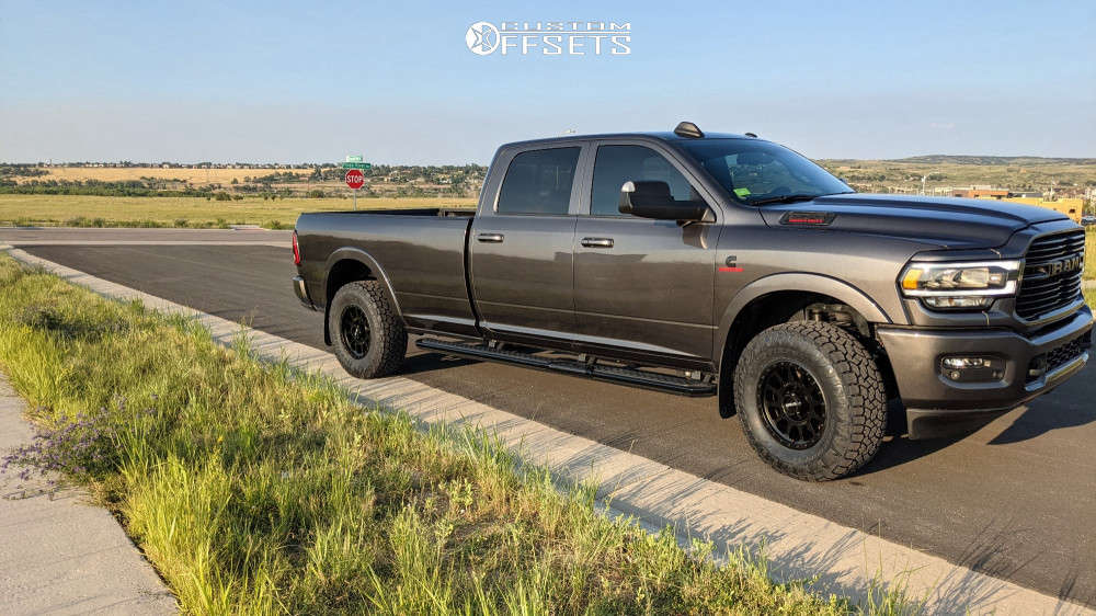 2021 ram 3500 toyo open country at3 tires