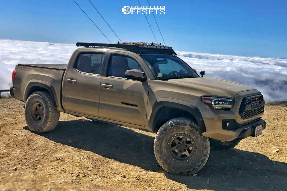 2017 toyota tacoma BFGoodrich all terrain ko2 tires