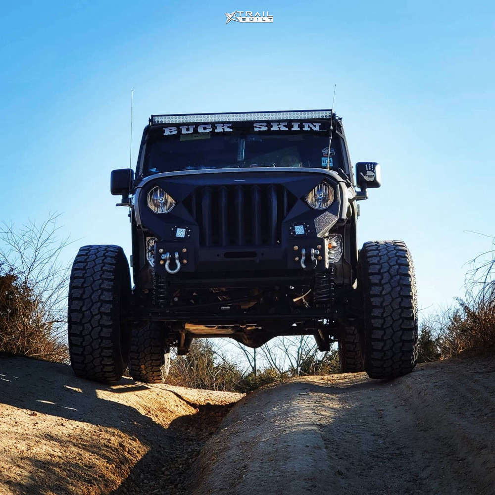 2018 jeep wrangler mickey thompson tires rough country suspension